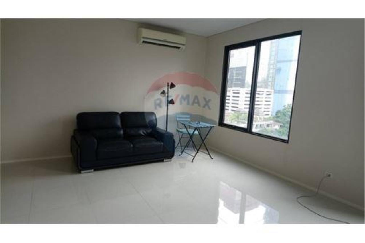 RE/MAX Executive Homes Agency's Villa Asoke for Rent/Sale (MRT Petchaburi) 3
