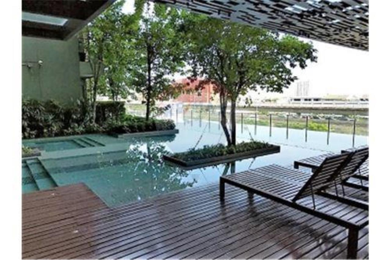 RE/MAX Executive Homes Agency's Teal Sathorn-Taksin sale/rent (BTS Wong Wian Yai) 5