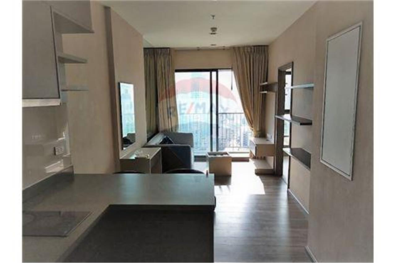 RE/MAX Executive Homes Agency's Teal Sathorn-Taksin sale/rent (BTS Wong Wian Yai) 6