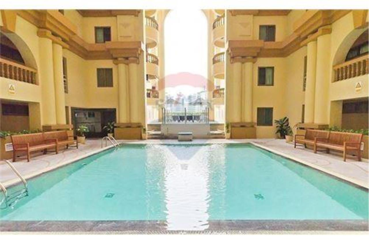 RE/MAX Executive Homes Agency's Royal Castle 3Bedroom For Rent Full Furnished,Condo For Rent Prompong, BTS Prompong, Good Price, Good location 10