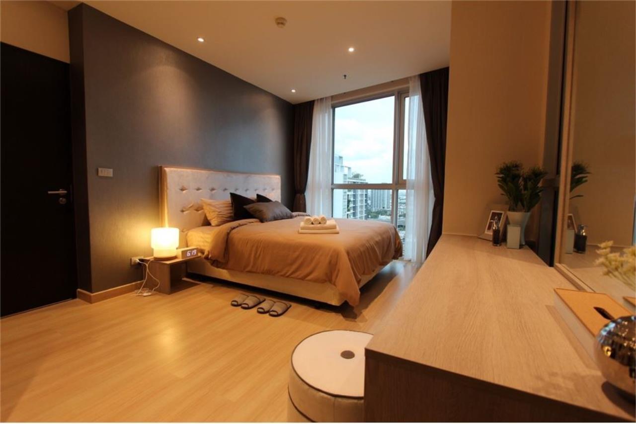 RE/MAX Executive Homes Agency's For Sale 2Bedroom At Sky Walk Condominium, Fully Furnished 5 Minuits to BTS Prakanong, Sukhumvit 3