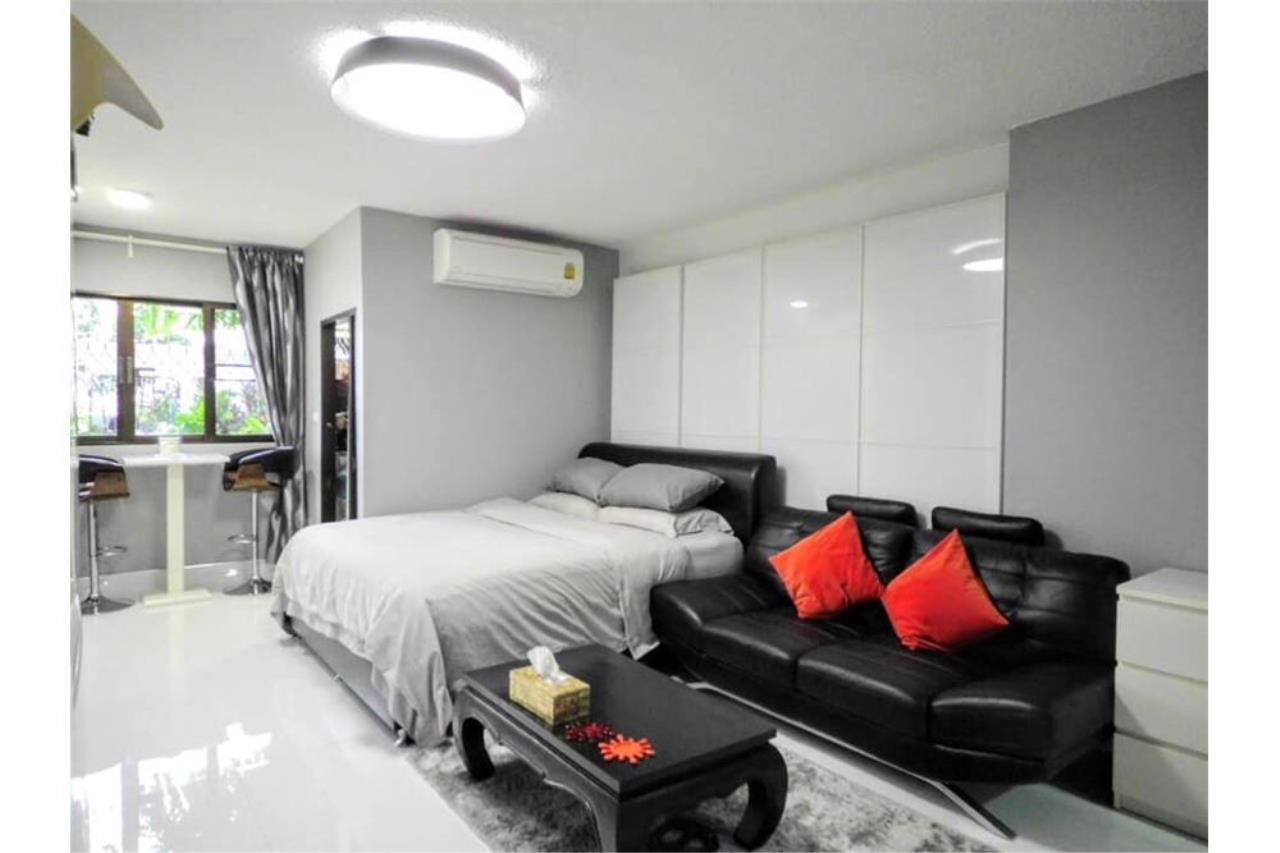 RE/MAX Executive Homes Agency's MODERN RENOVATE 1 BEDROOMS SUKHUMVIT AREA FOR SALE 11