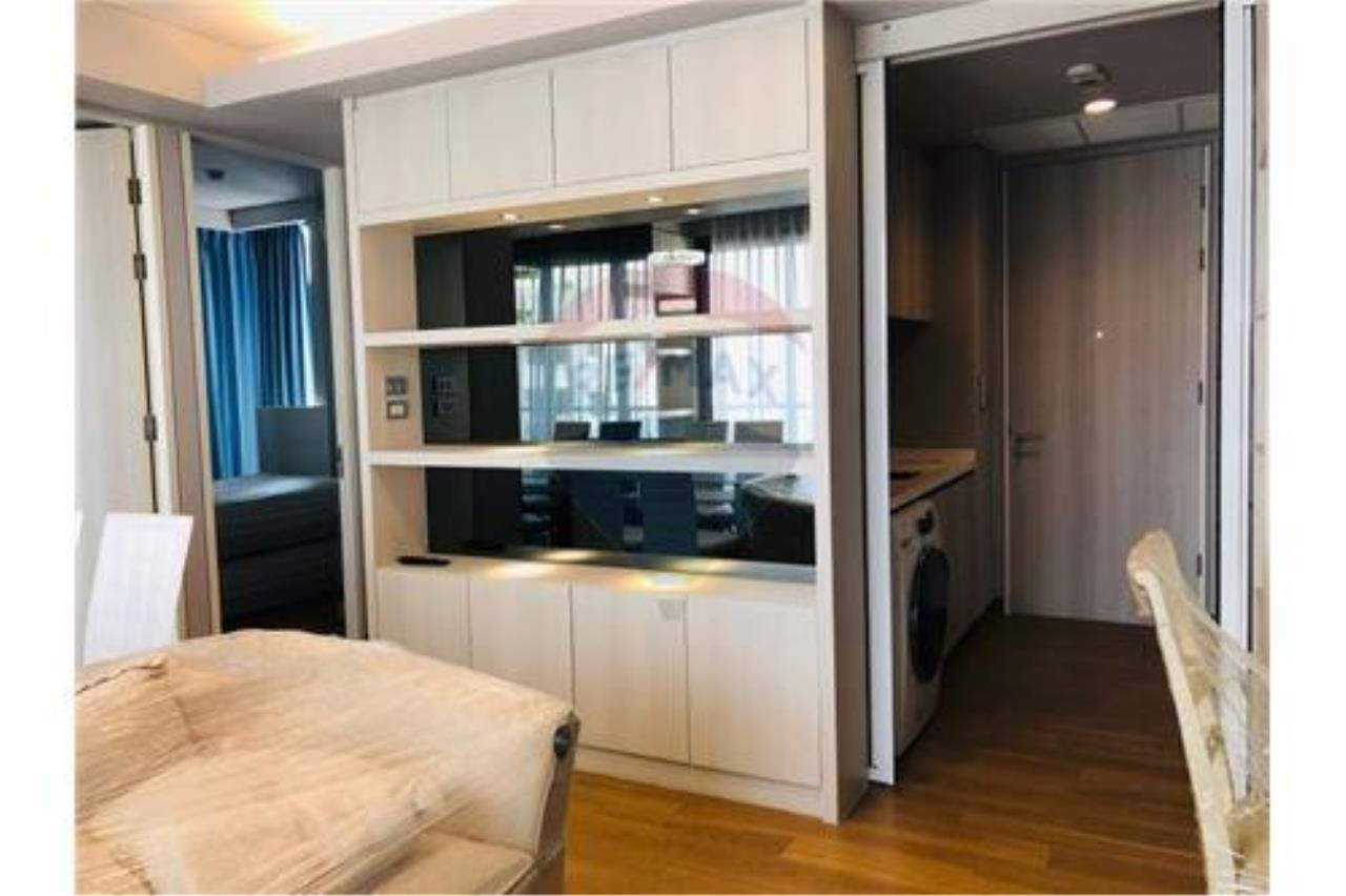 RE/MAX Executive Homes Agency's For rent The Lumpini 24 with furnitures, Near BTS 9
