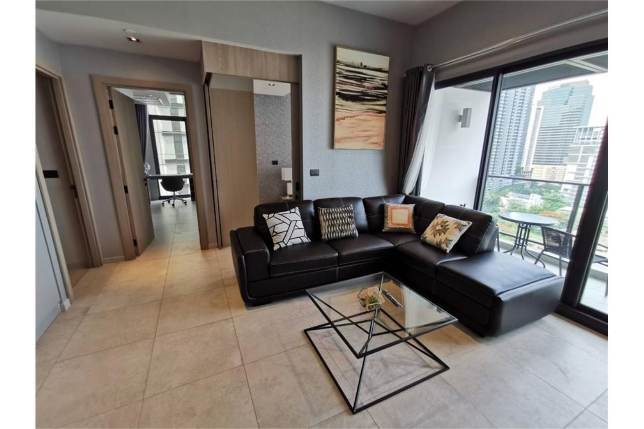 RE/MAX Executive Homes Agency's 2 Bed / 2 Bath / For rent / The Lofts Asoke 4