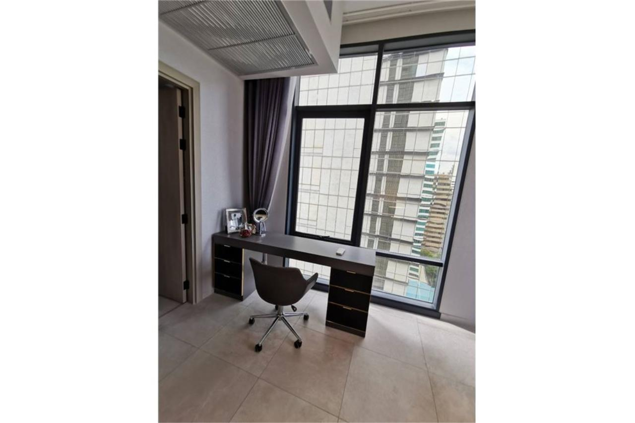 RE/MAX Executive Homes Agency's 2 Bed / 2 Bath / For rent / The Lofts Asoke 9