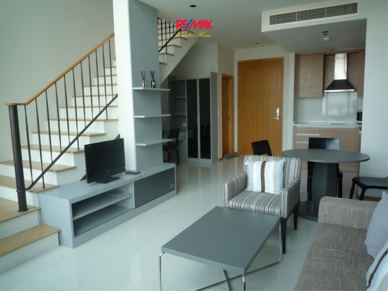 RE/MAX Executive Homes Agency's Duplex Style 1 Bedroom for Rent Emporio Place 1
