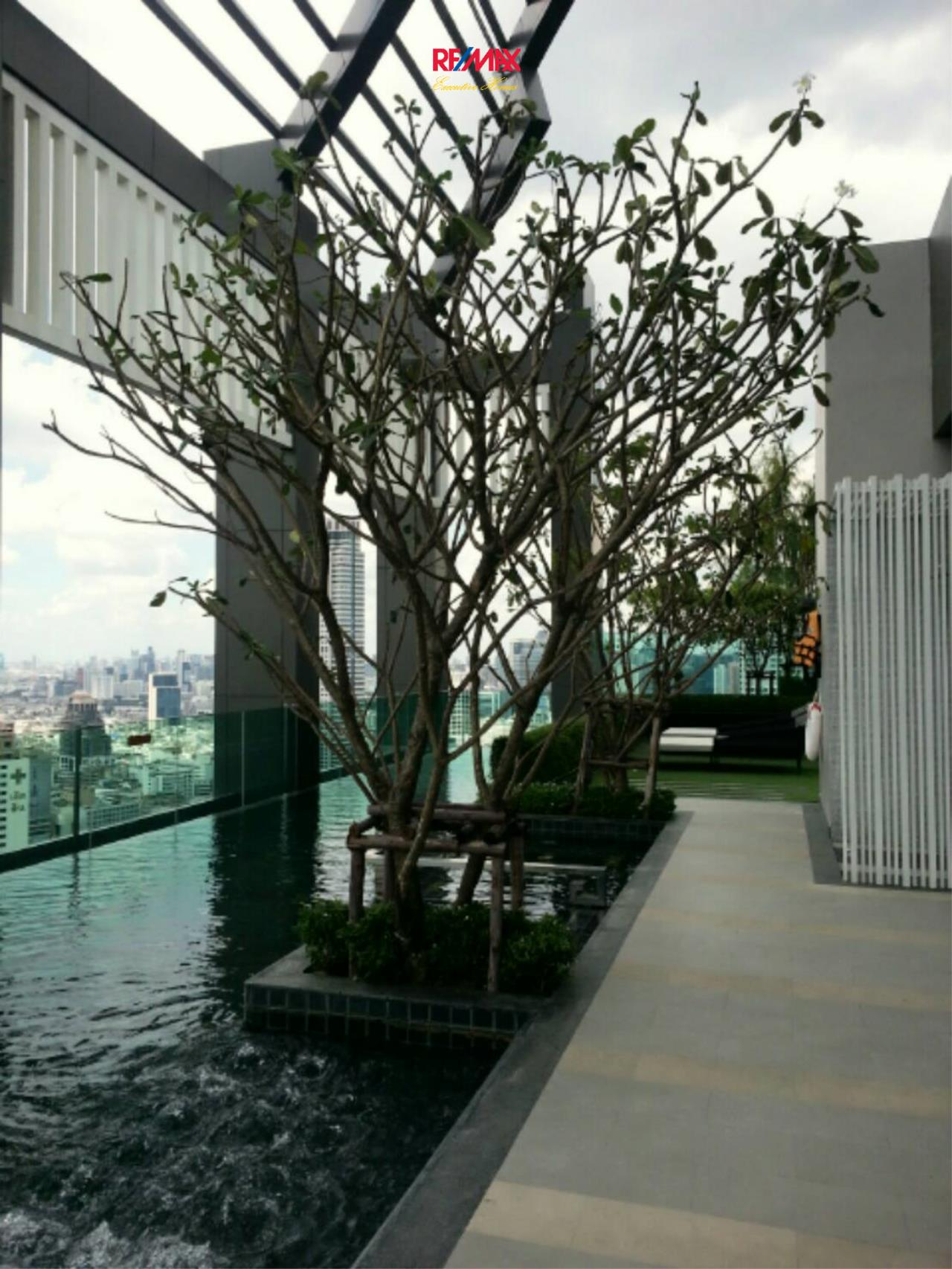 RE/MAX Executive Homes Agency's Nice 2 Bedroom for Rent The Address Sathorn 17