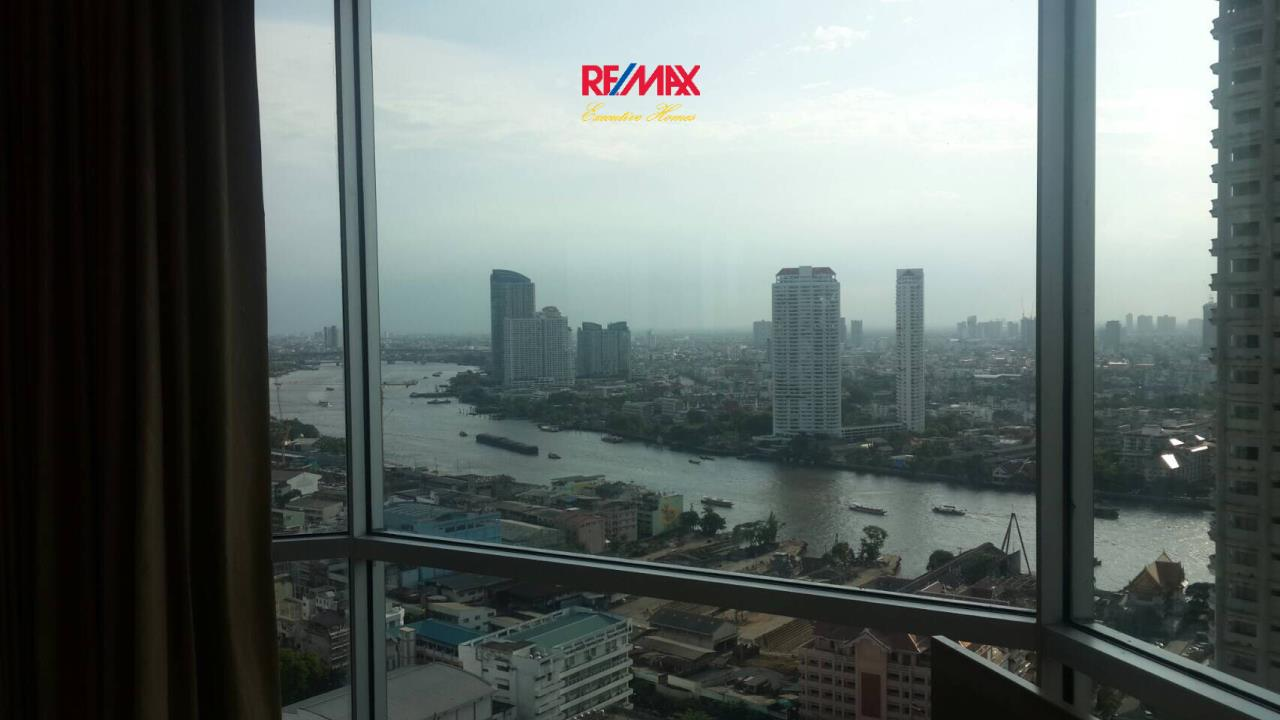RE/MAX Executive Homes Agency's Nice 2 Bedroom for Rent The Address Sathorn 18