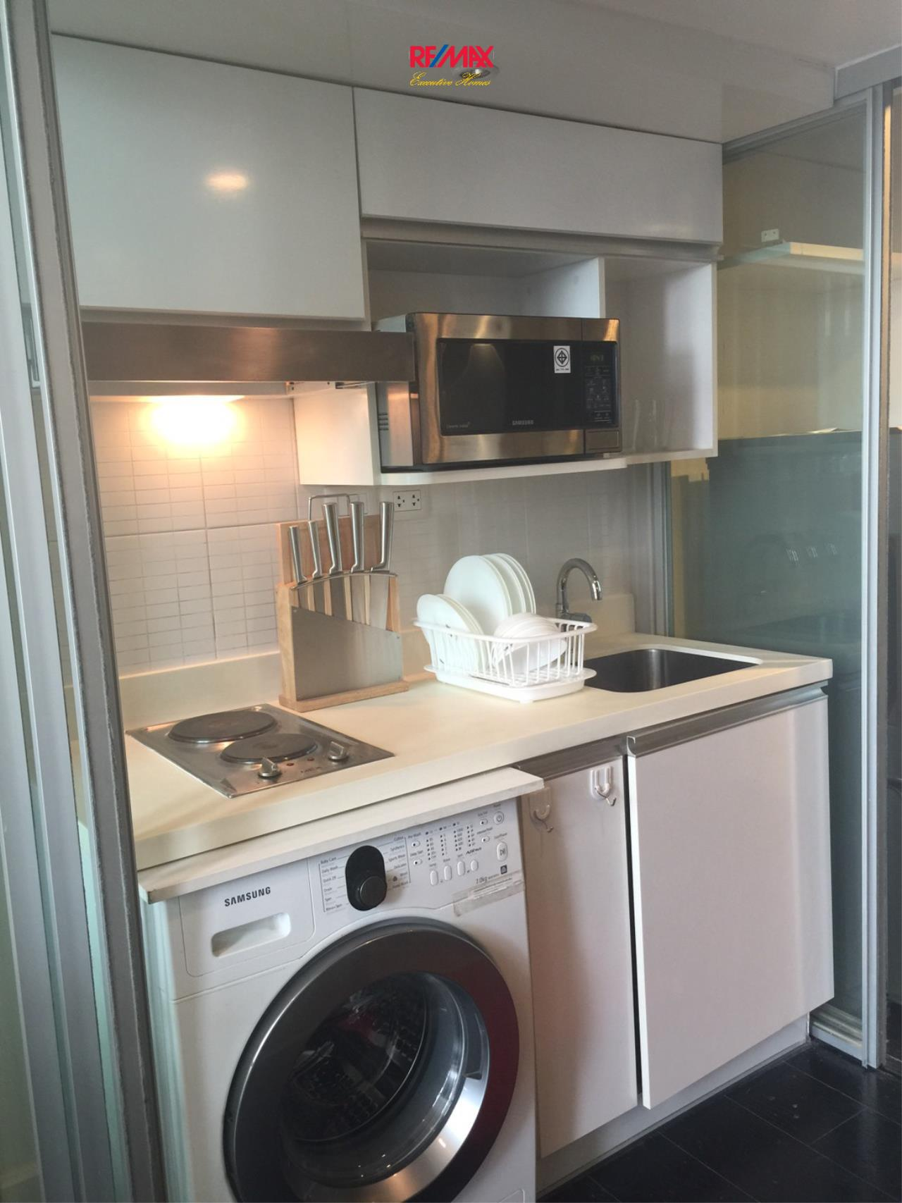 RE/MAX Executive Homes Agency's Beautiful 1 Bedroom Duplex for Rent Ashton Morph 13
