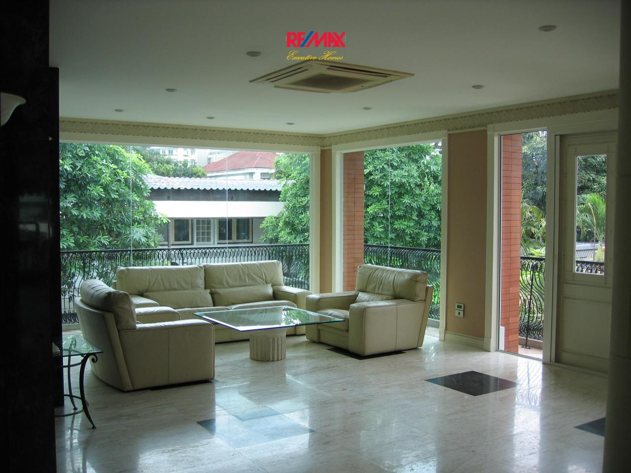 RE/MAX Executive Homes Agency's Stunning 3 Bedroom for Rent Sukhumvit 6