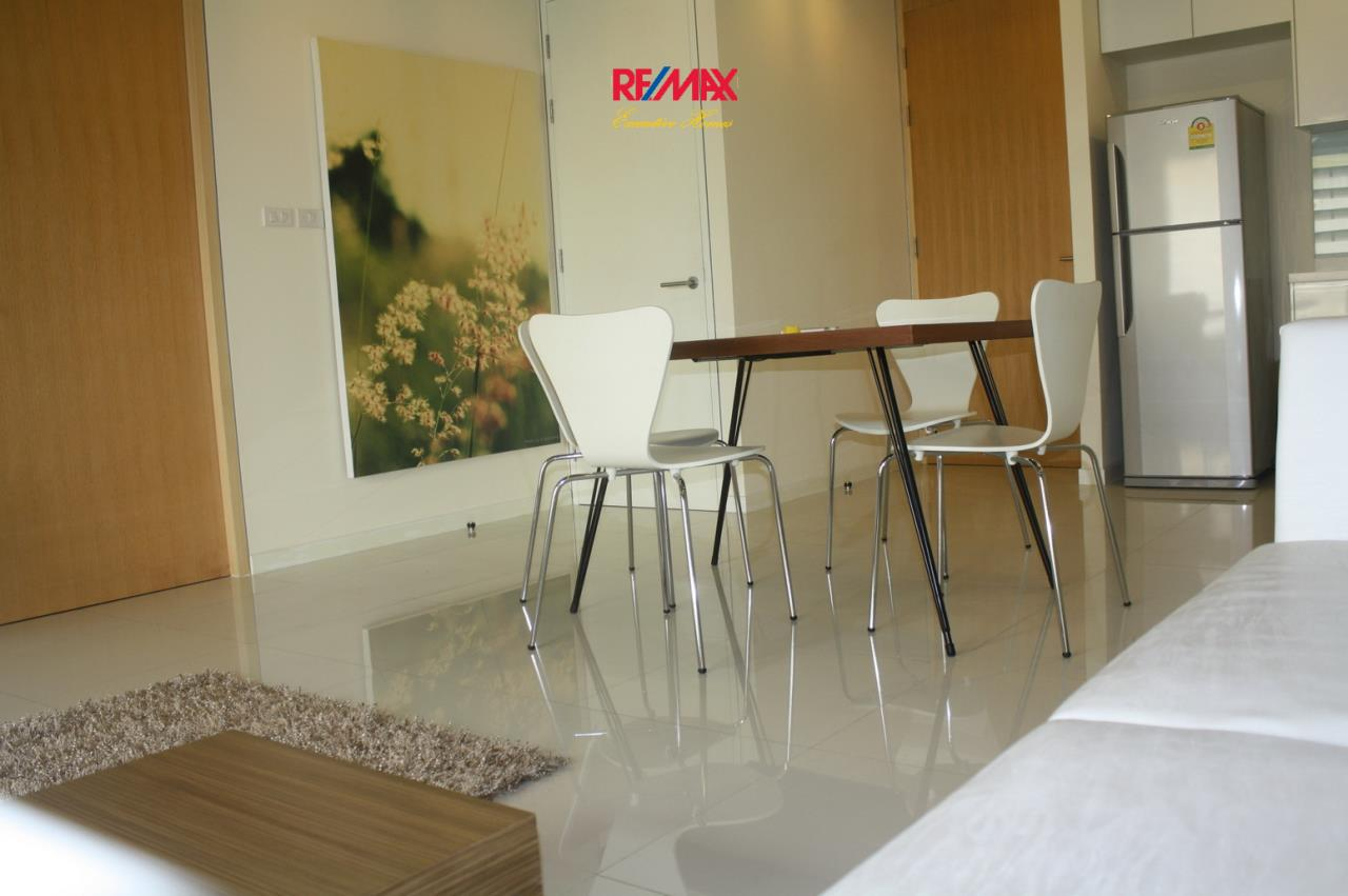 RE/MAX Executive Homes Agency's Nice 1 Bedroom for Rent and Sale Amanta Lumpini 5
