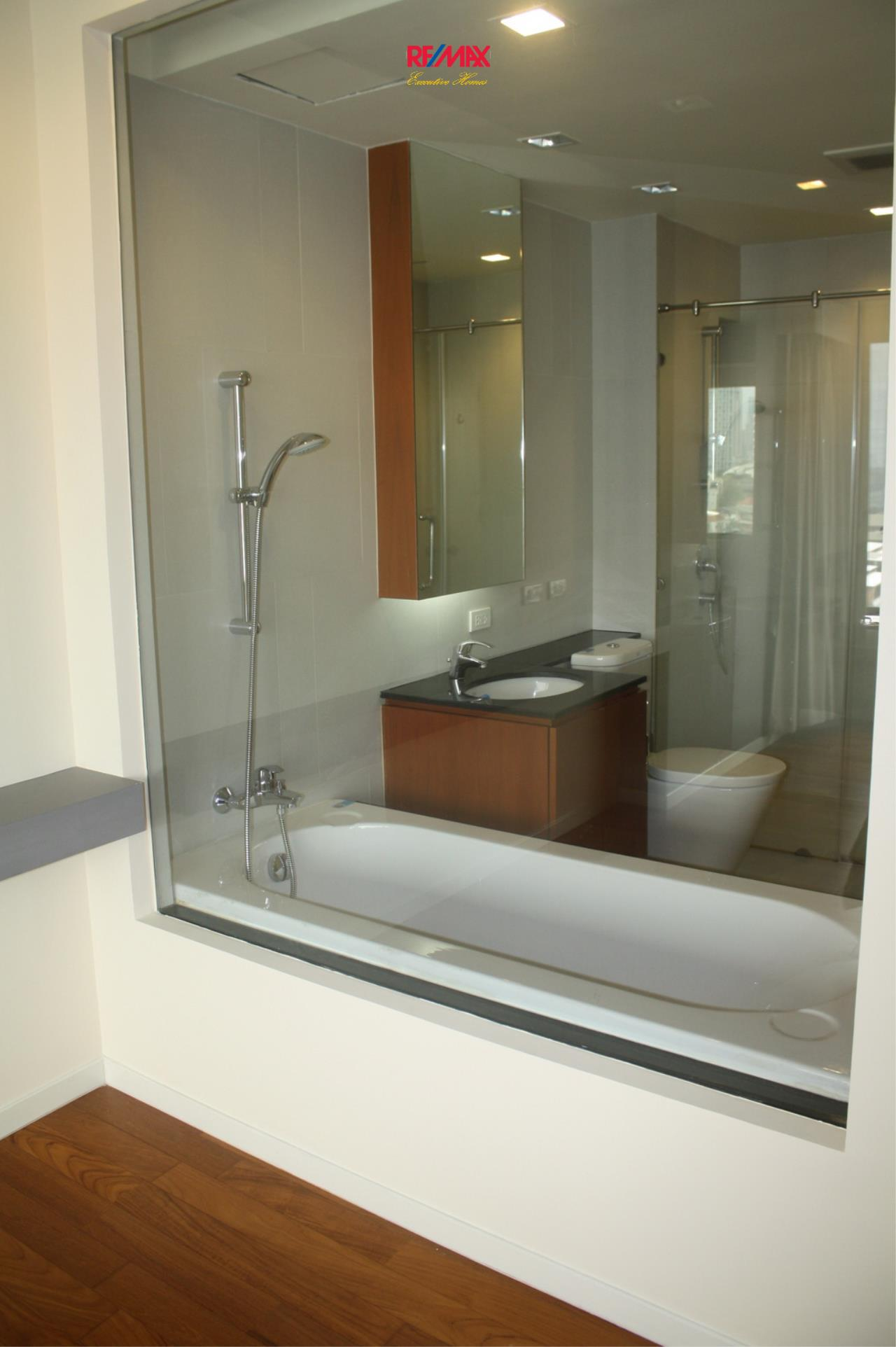 RE/MAX Executive Homes Agency's Nice 1 Bedroom for Rent and Sale Amanta Lumpini 8