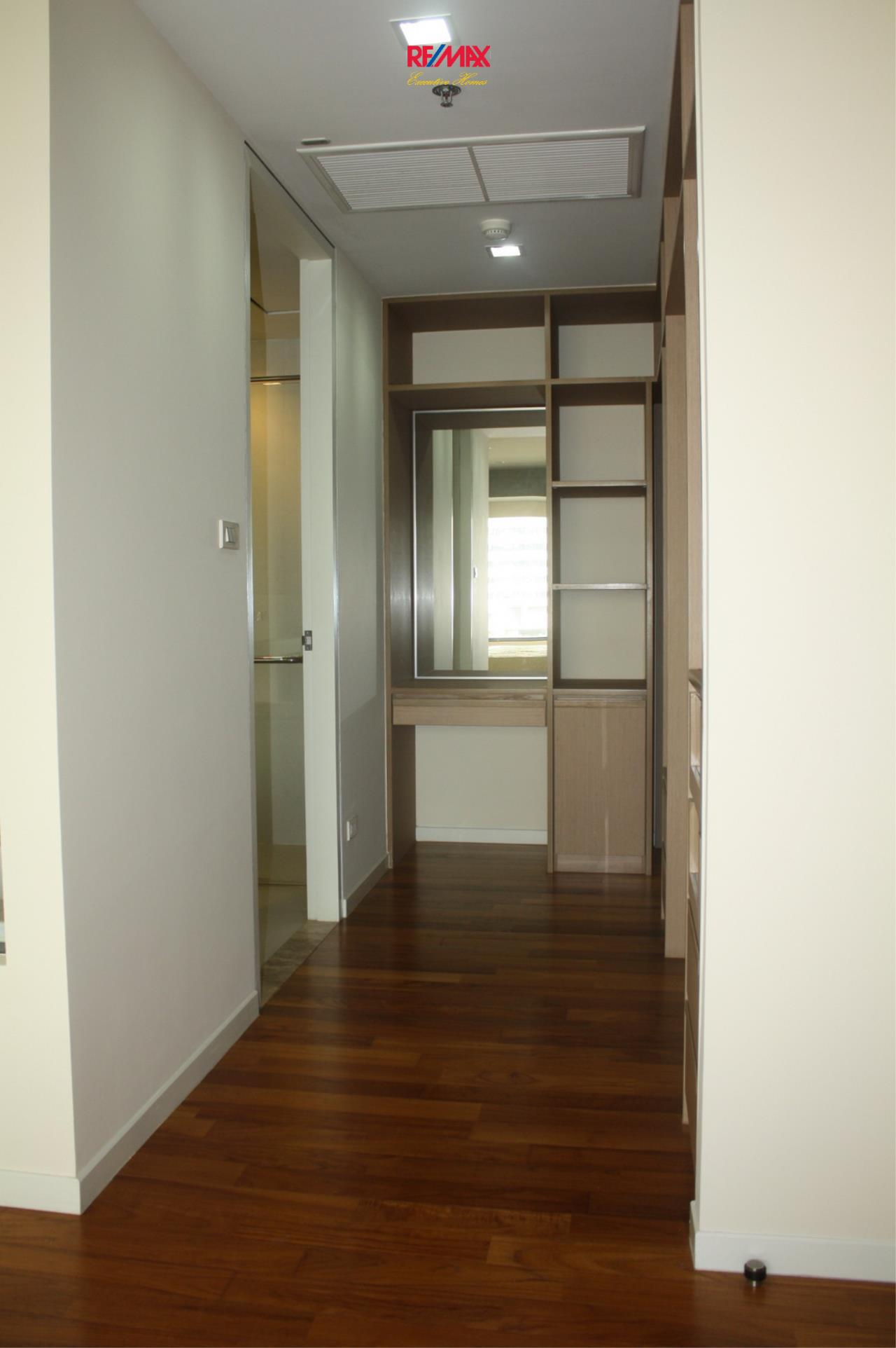 RE/MAX Executive Homes Agency's Nice 1 Bedroom for Rent and Sale Amanta Lumpini 9