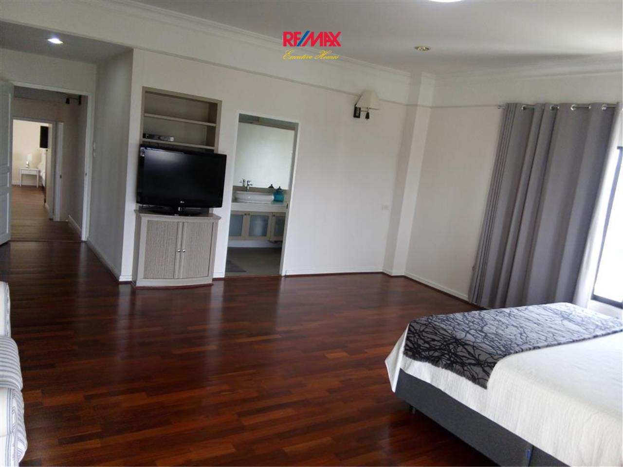RE/MAX Executive Homes Agency's Nice 3 Bedroom for Rent Sathorn Crest 31