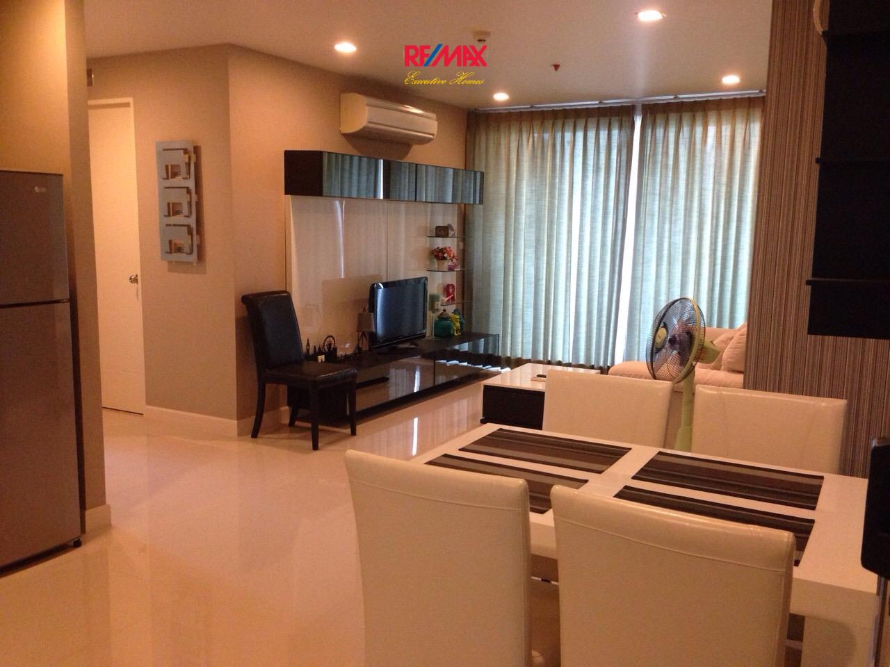 RE/MAX Executive Homes Agency's Beautiful 2 Bedroom for Sale Wish @ Samyan 3
