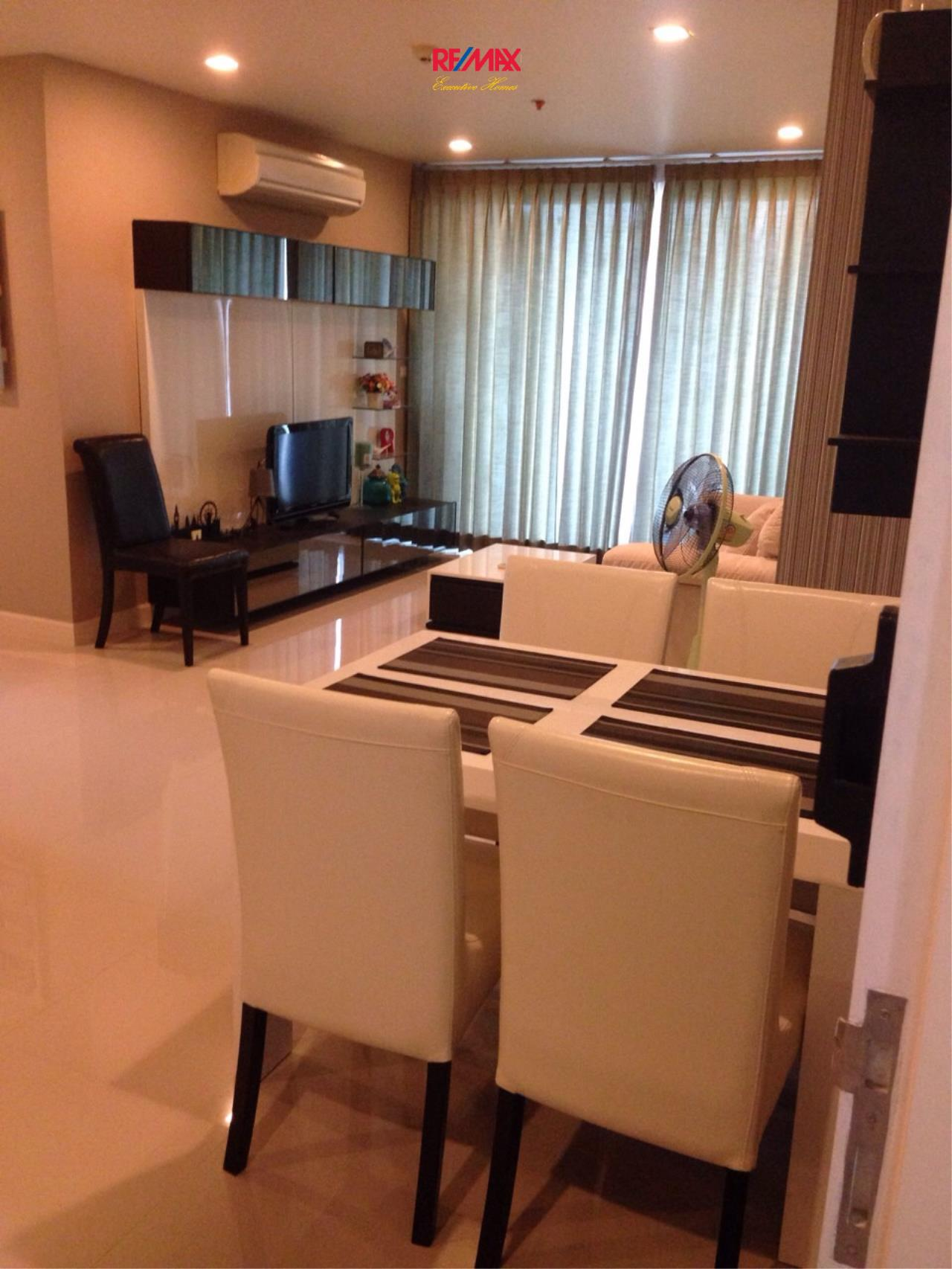 RE/MAX Executive Homes Agency's Beautiful 2 Bedroom for Sale Wish @ Samyan 4