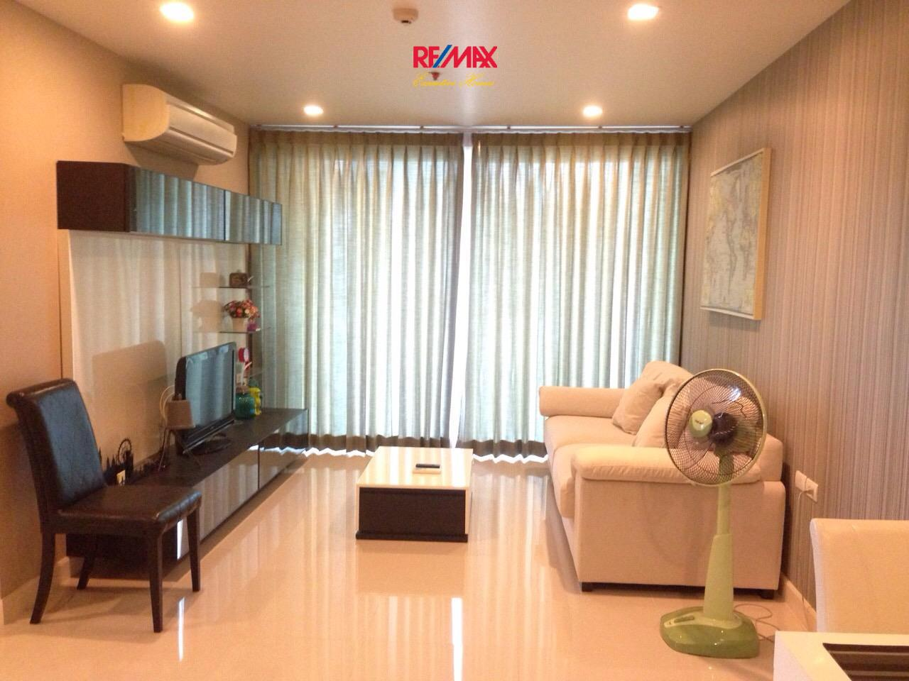 RE/MAX Executive Homes Agency's Beautiful 2 Bedroom for Sale Wish @ Samyan 1
