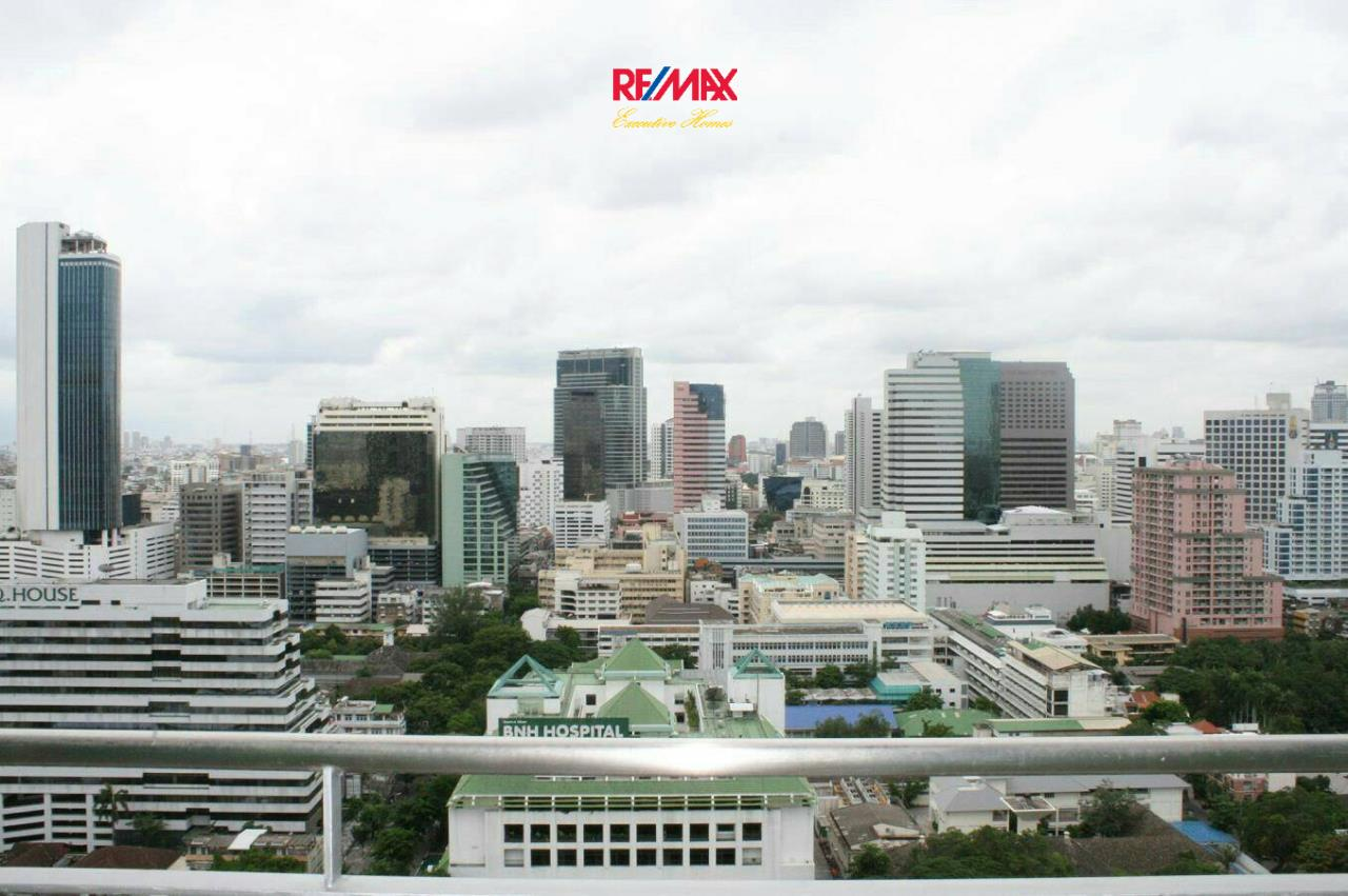 RE/MAX Executive Homes Agency's Beautiful 2 Bedroom for Rent Urbana Sathorn 10
