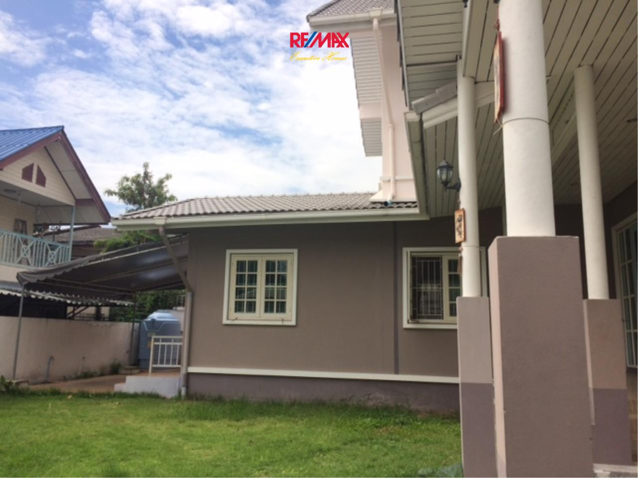 RE/MAX Executive Homes Agency's Nice 4 Bedroom House for Rent in Sukhumvit 101 2