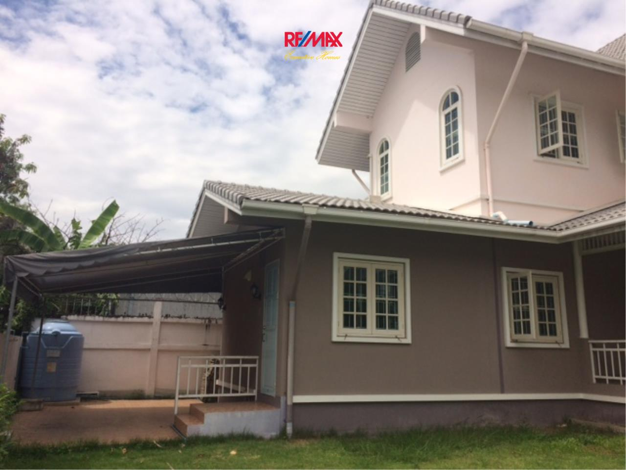 RE/MAX Executive Homes Agency's Nice 4 Bedroom House for Rent in Sukhumvit 101 5