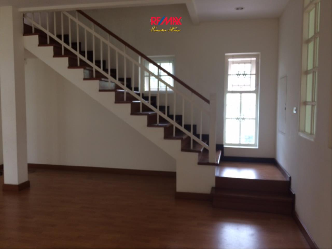 RE/MAX Executive Homes Agency's Nice 4 Bedroom House for Rent in Sukhumvit 101 17