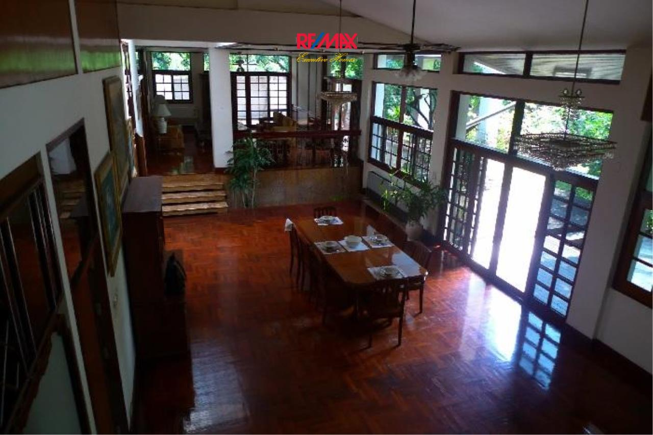 RE/MAX Executive Homes Agency's Nice 5 Bedroom House for Rent in Sukhumvit 3
