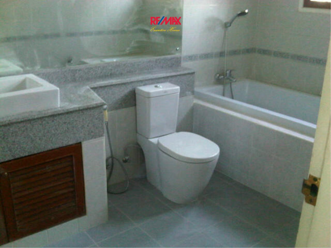 RE/MAX Executive Homes Agency's Beautiful 3 bedroom for Rent Nantawan Village 12