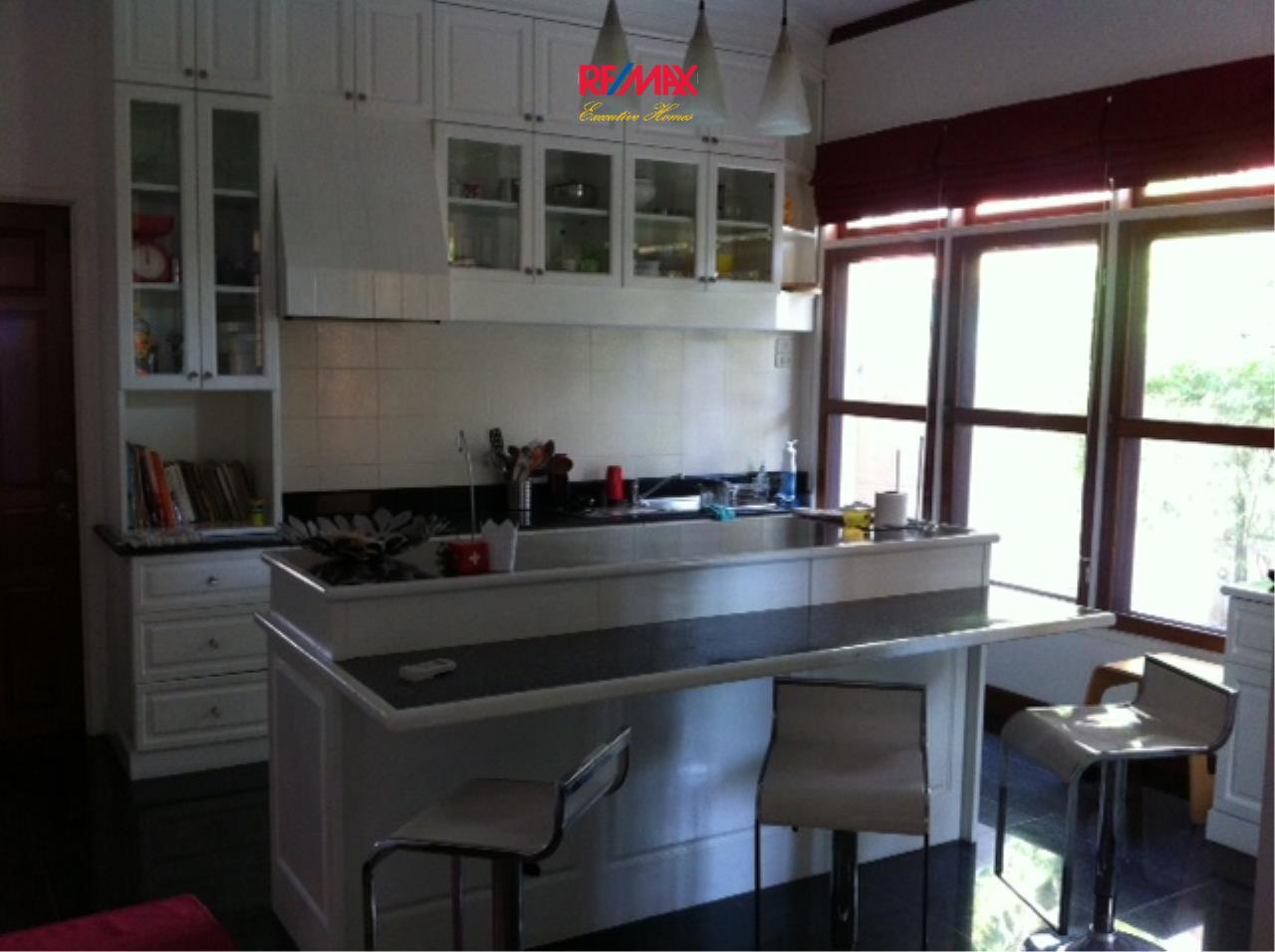 RE/MAX Executive Homes Agency's Beautiful 3 bedroom for Rent Nantawan Village 8
