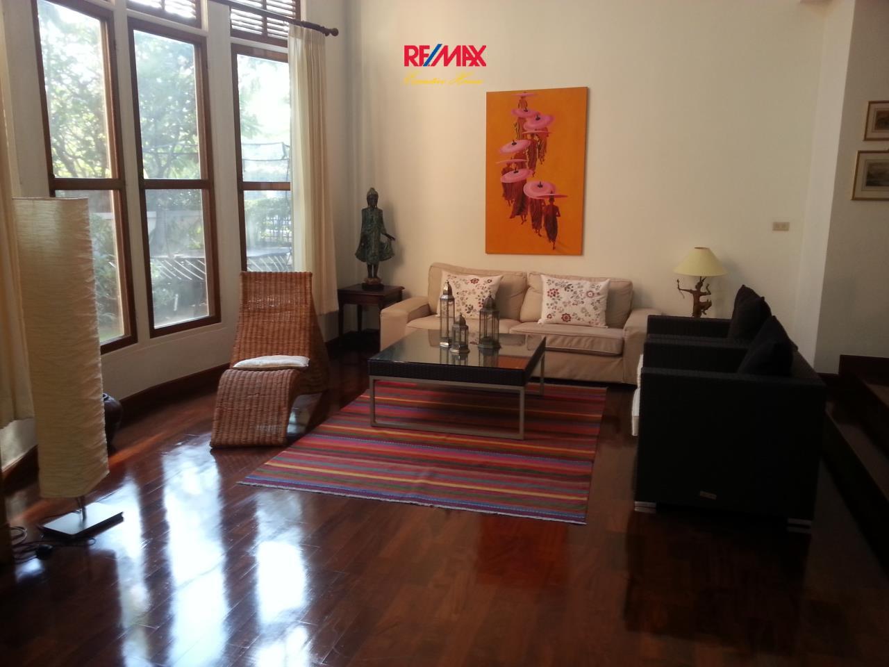 RE/MAX Executive Homes Agency's Beautiful 3 bedroom for Rent Nantawan Village 7
