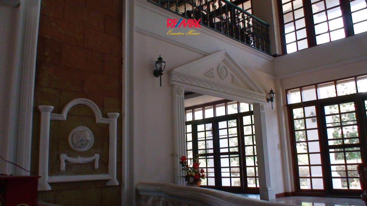 RE/MAX Executive Homes Agency's Spacious 5 Bedroom House for Sale in Bang Na 5