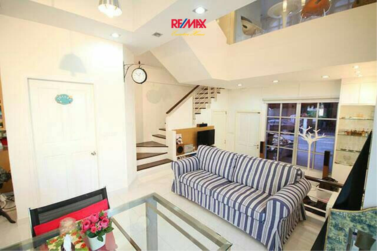 RE/MAX Executive Homes Agency's Nice 3 Bedroom for Sale Baan Klang Muang 3