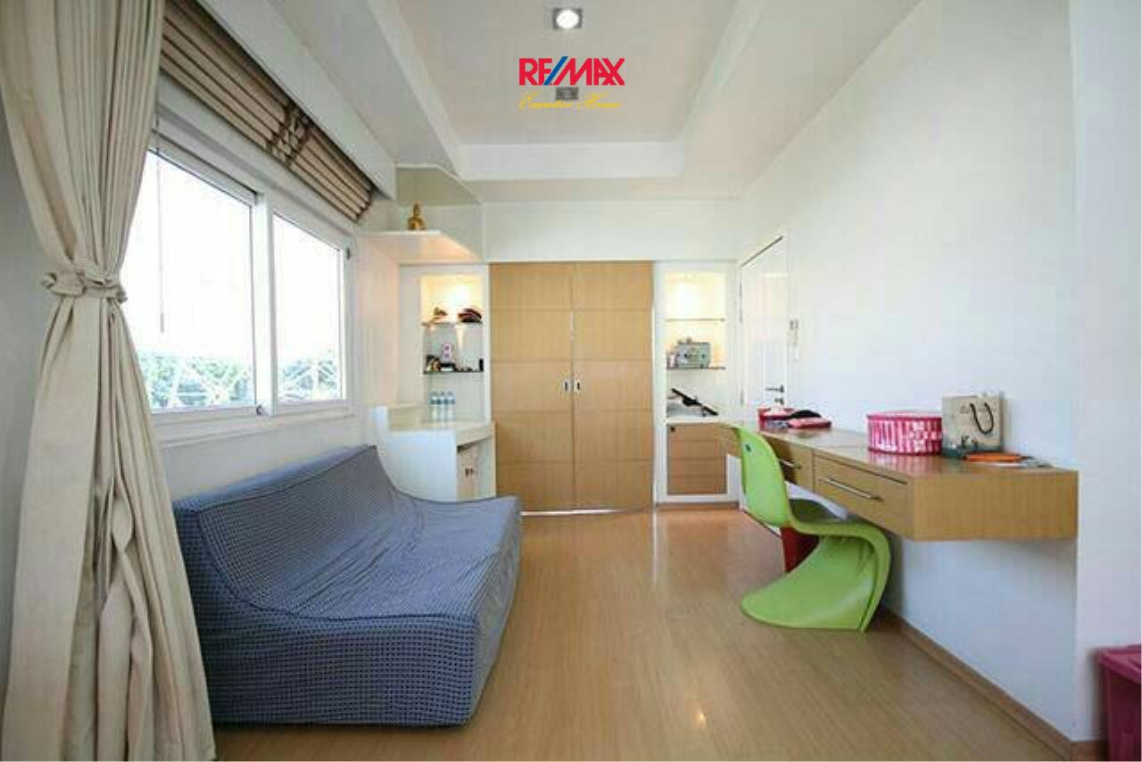 RE/MAX Executive Homes Agency's Nice 3 Bedroom for Sale Baan Klang Muang 9