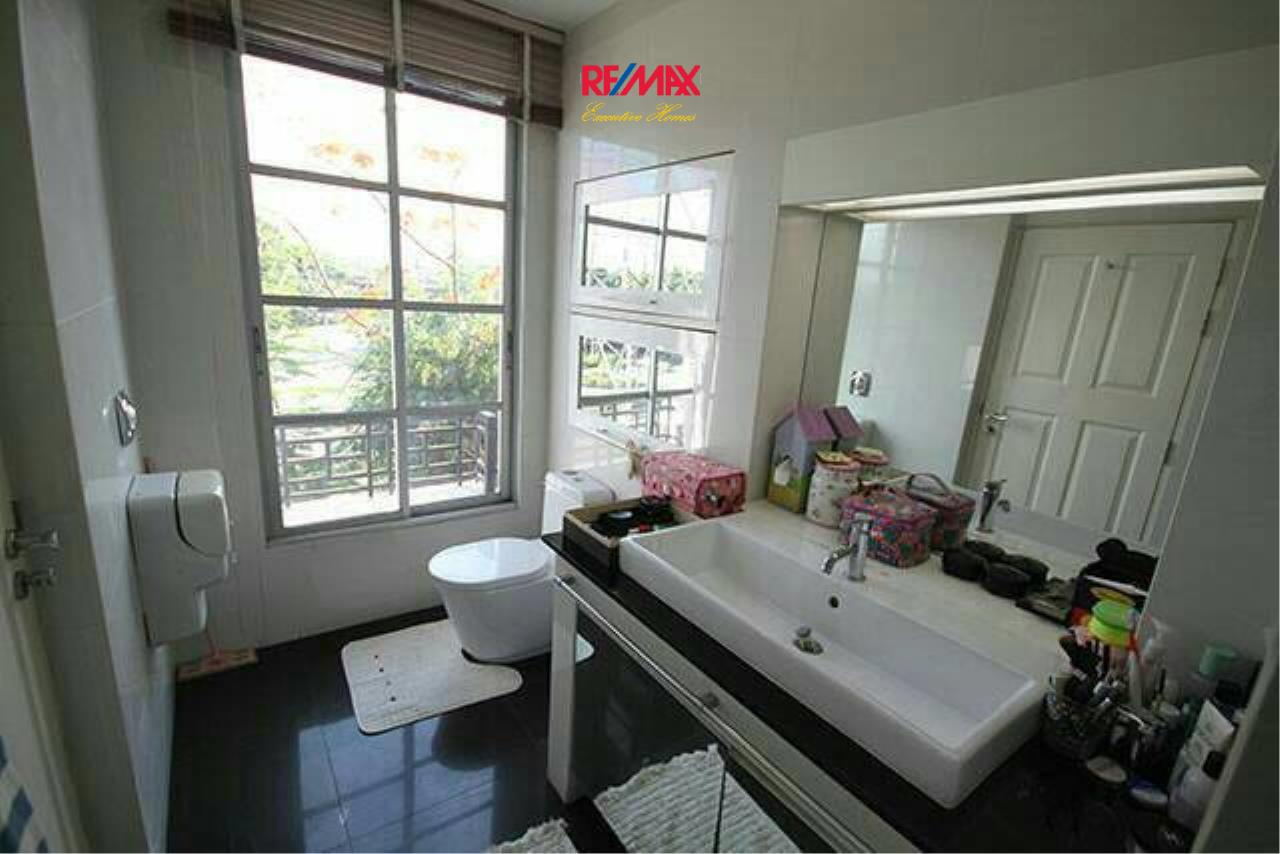 RE/MAX Executive Homes Agency's Nice 3 Bedroom for Sale Baan Klang Muang 11