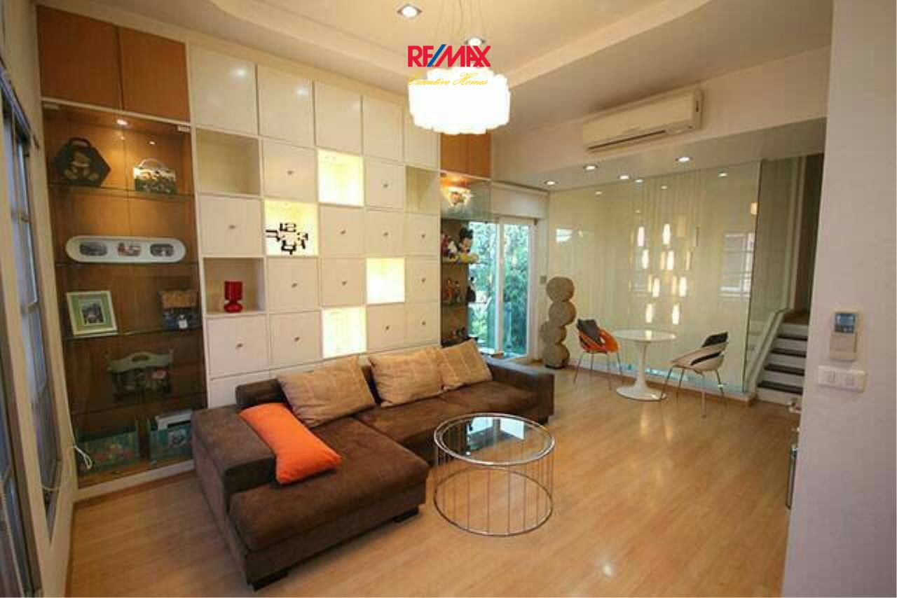 RE/MAX Executive Homes Agency's Nice 3 Bedroom for Sale Baan Klang Muang 12