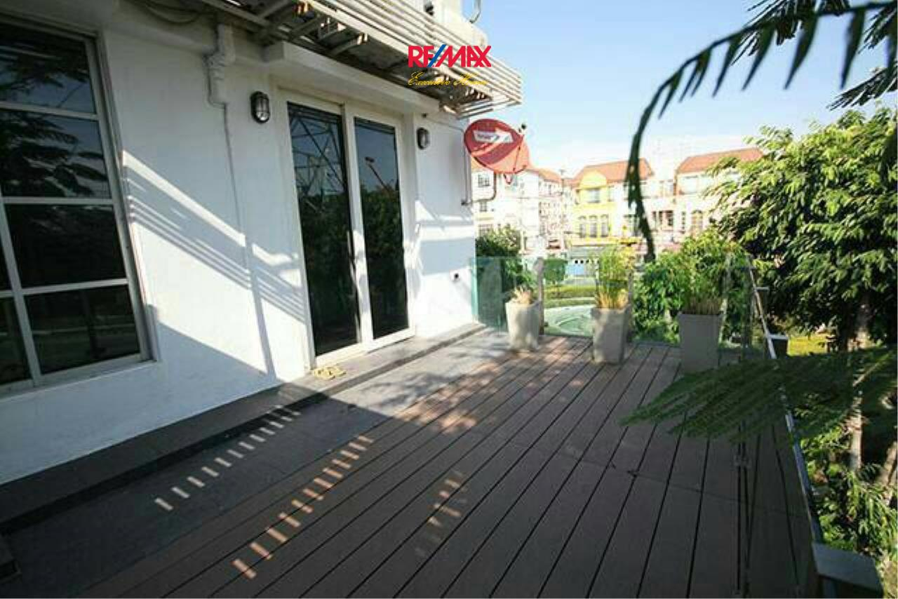 RE/MAX Executive Homes Agency's Nice 3 Bedroom for Sale Baan Klang Muang 13