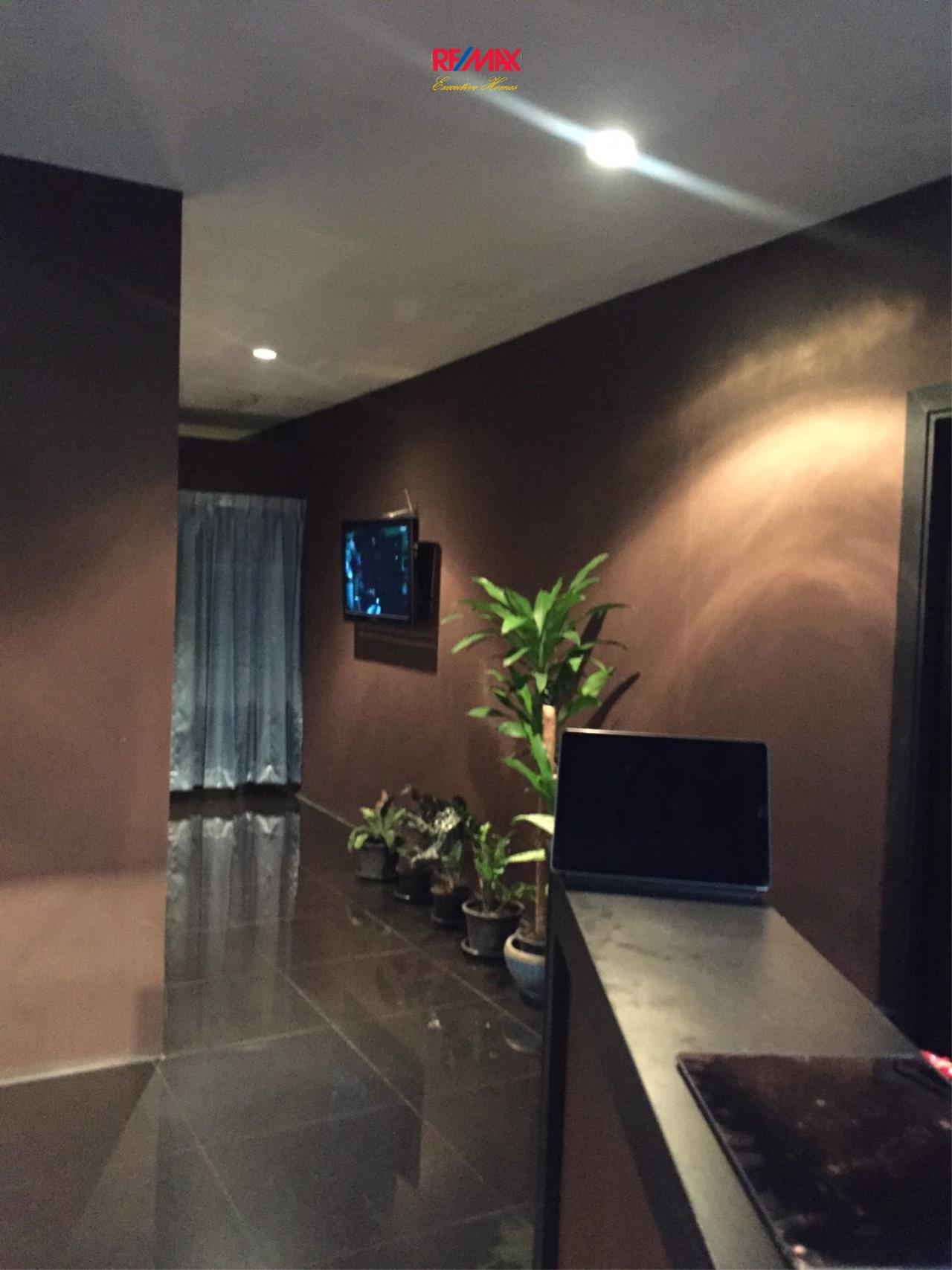 RE/MAX Executive Homes Agency's Commercial Space for Rent in Sukhumvit 33  2