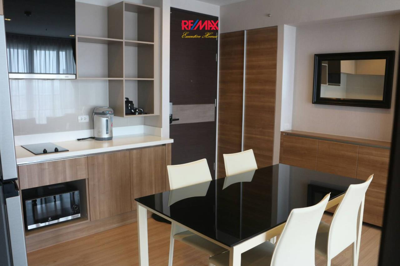RE/MAX Executive Homes Agency's Nice 2 Bedroom for Rent Rhythm Sathorn 9