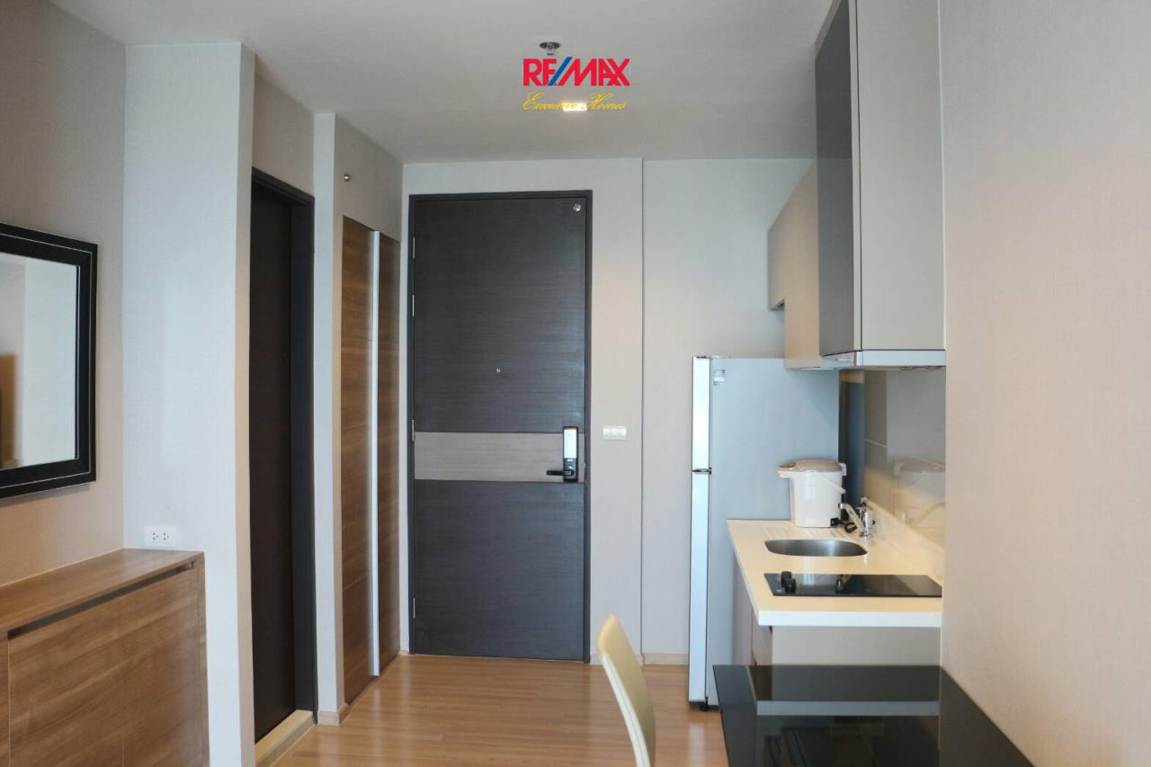 RE/MAX Executive Homes Agency's Beautiful 1 Bedroom for Rent Rhythm Sathorn 5
