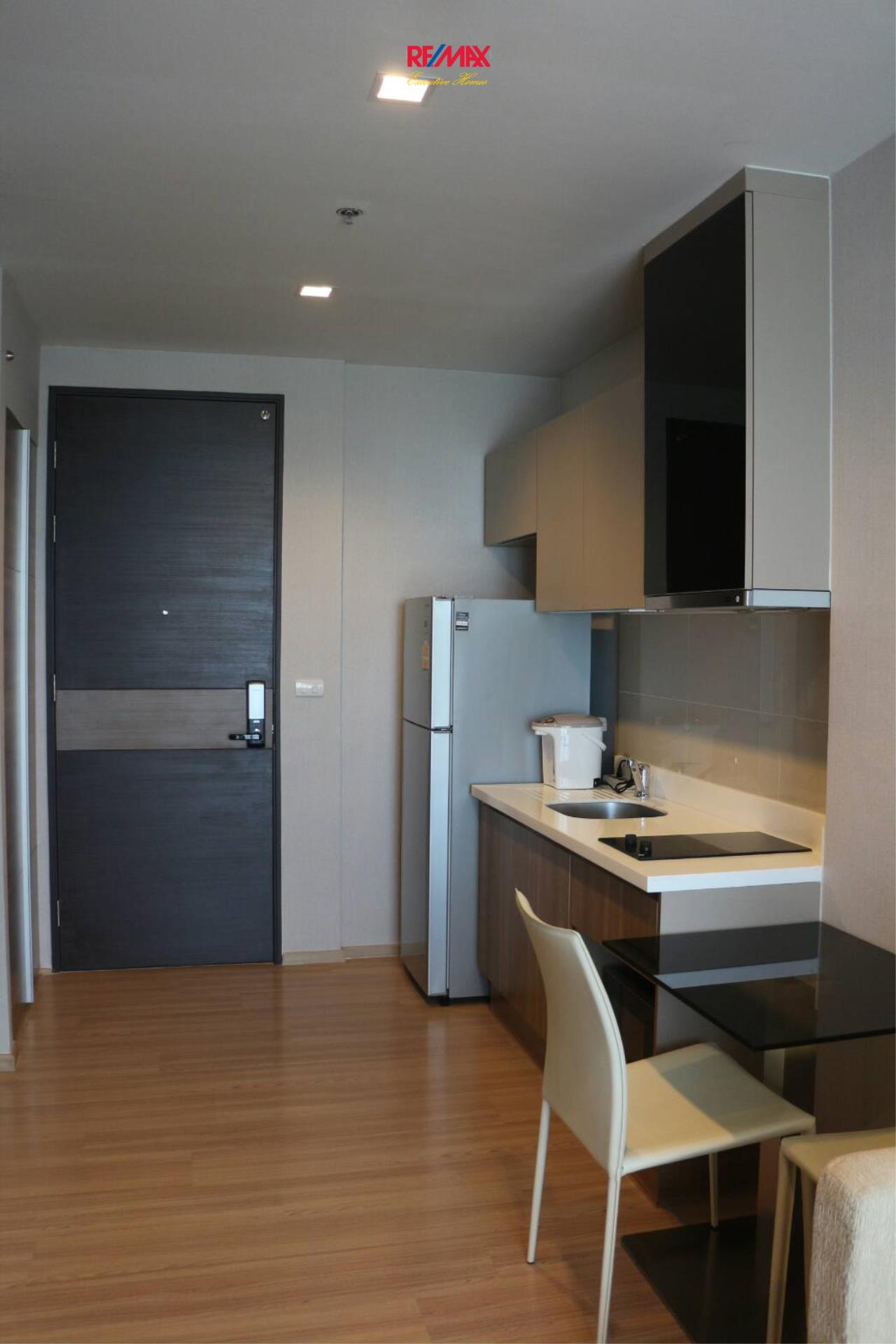 RE/MAX Executive Homes Agency's Beautiful 1 Bedroom for Rent Rhythm Sathorn 6