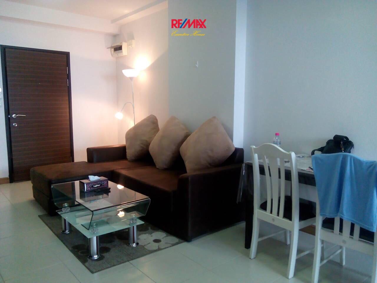 RE/MAX Executive Homes Agency's Nice 2 Bedroom for Rent Supalai Park Asoke - Ratchada 2