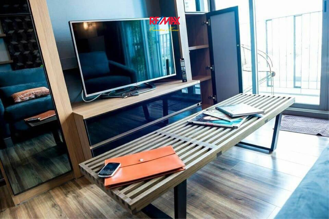 RE/MAX Executive Homes Agency's Stunning 2 Bedroom for Rent Ceil by Sansiri 6