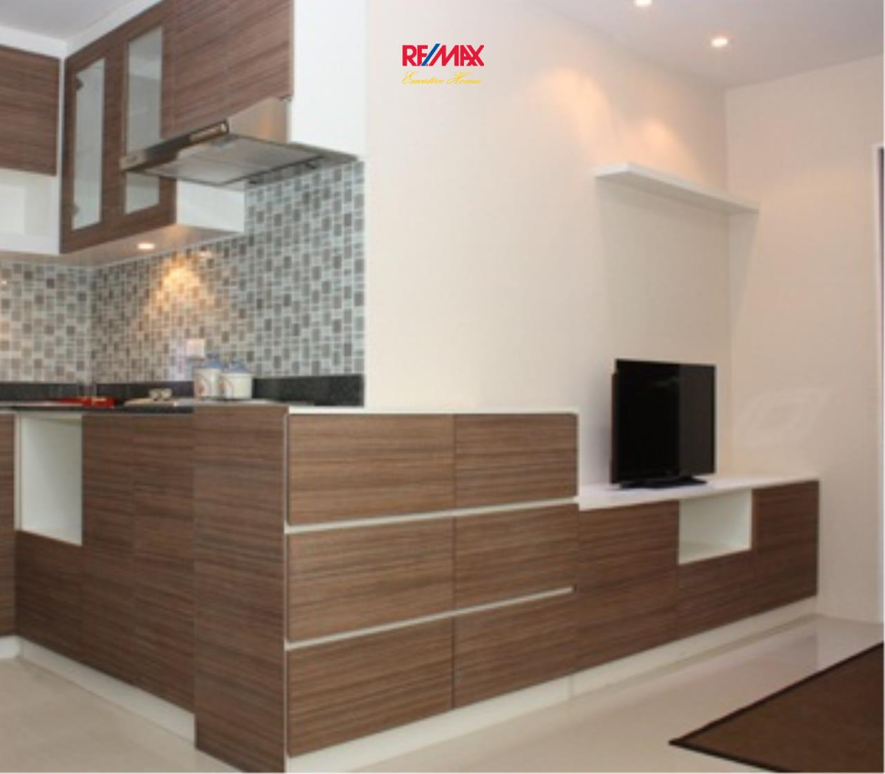 RE/MAX Executive Homes Agency's Stunning 1 Bedroom for Rent Prime @ 2 3