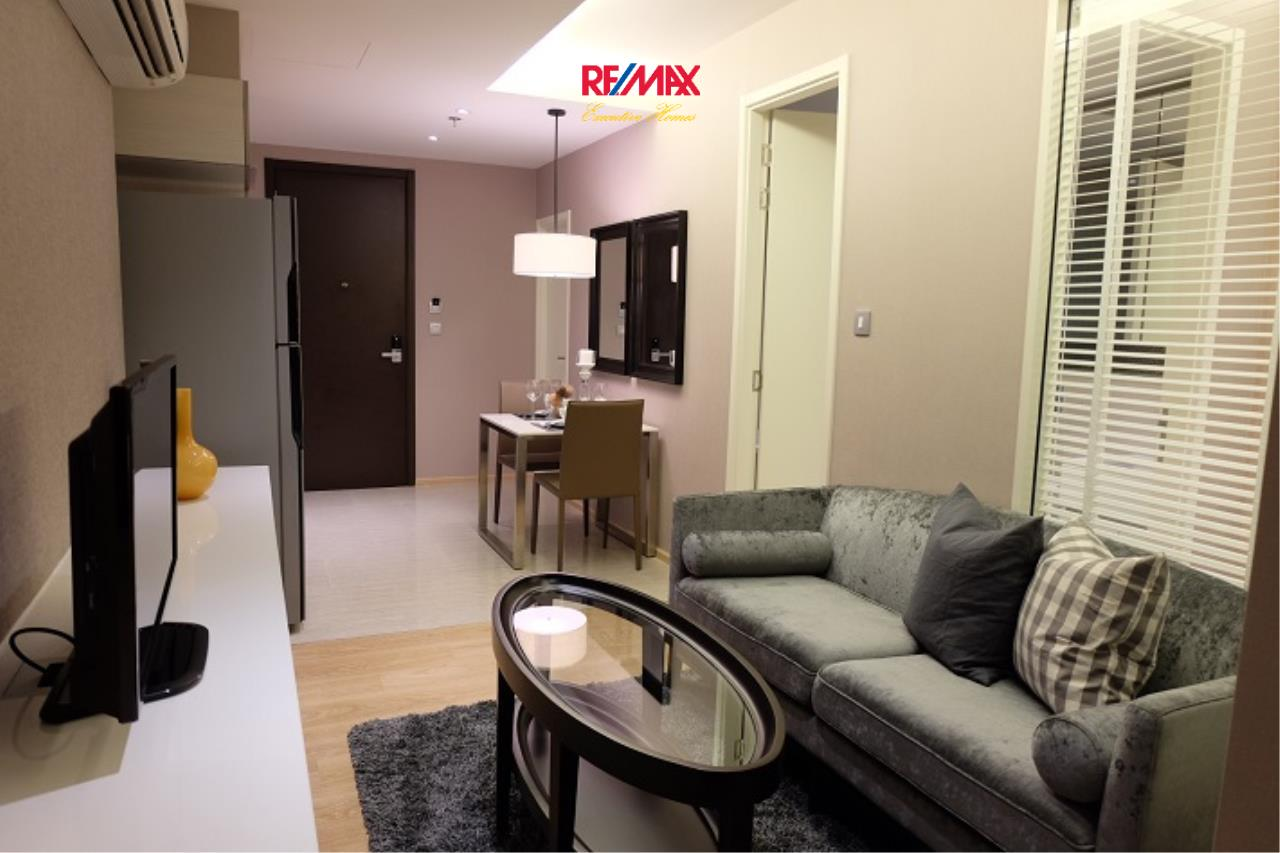 RE/MAX Executive Homes Agency's Stunning 1 Bedroom for Rent H 43 6