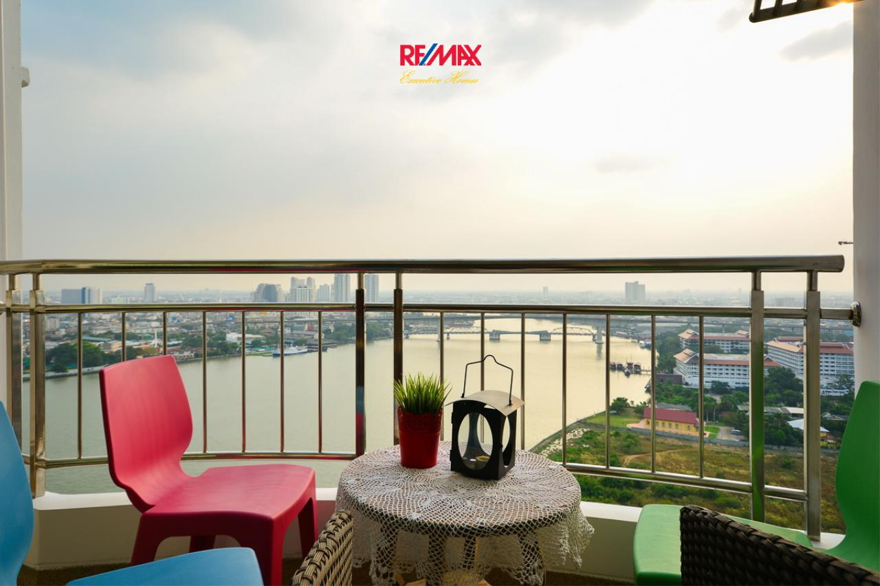 RE/MAX Executive Homes Agency's Nice 1 Bedroom for Rent and Sale Supalai River Resort 1