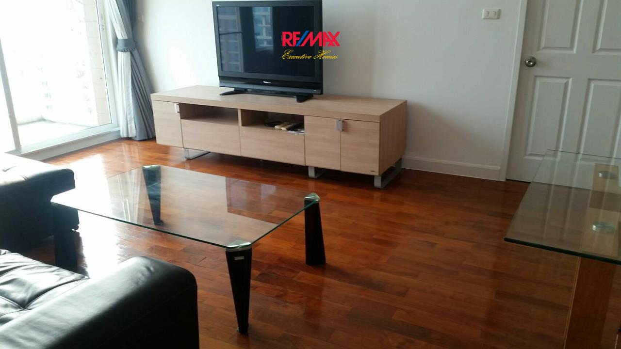 RE/MAX Executive Homes Agency's Spacious 2 Bedroom for Rent Siri Residence 1