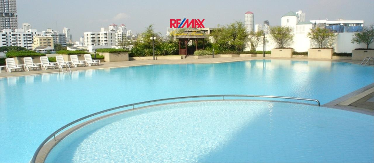 RE/MAX Executive Homes Agency's Spacious 3 Bedroom for Rent Ruamsuk  1