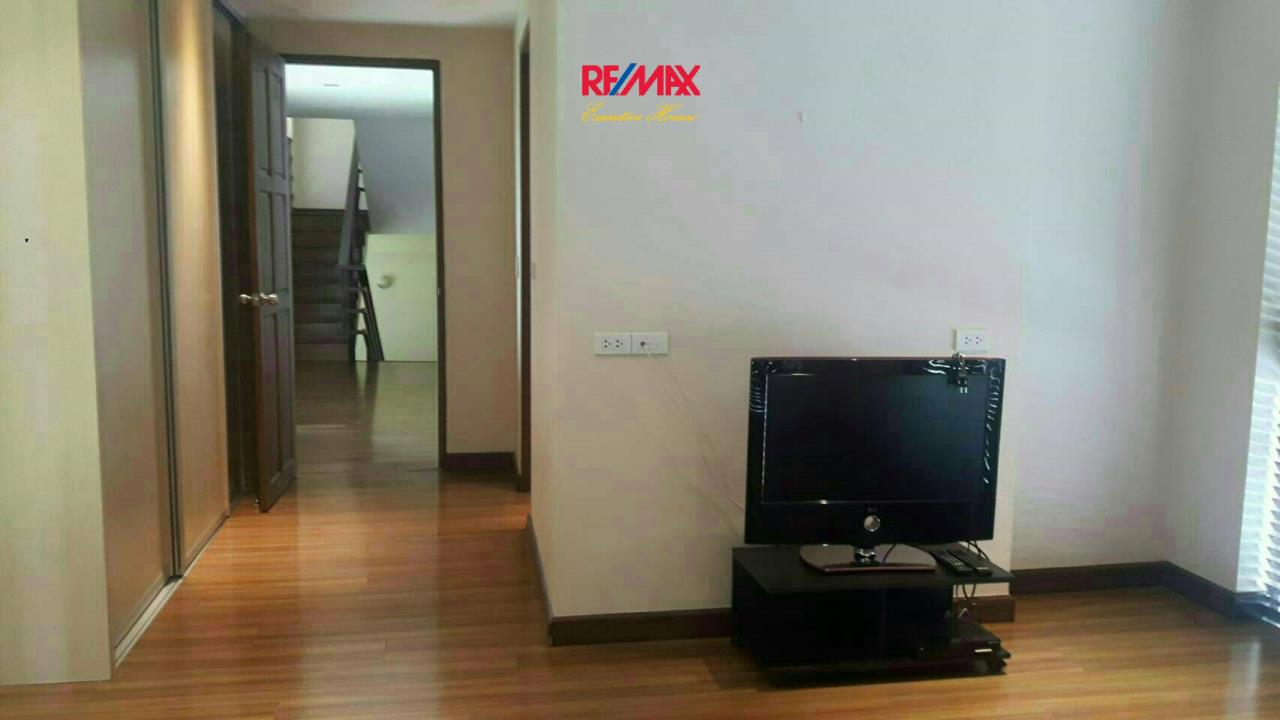 RE/MAX Executive Homes Agency's Nice 4 Bedroom House for Rent in Chaloermprakiat 7