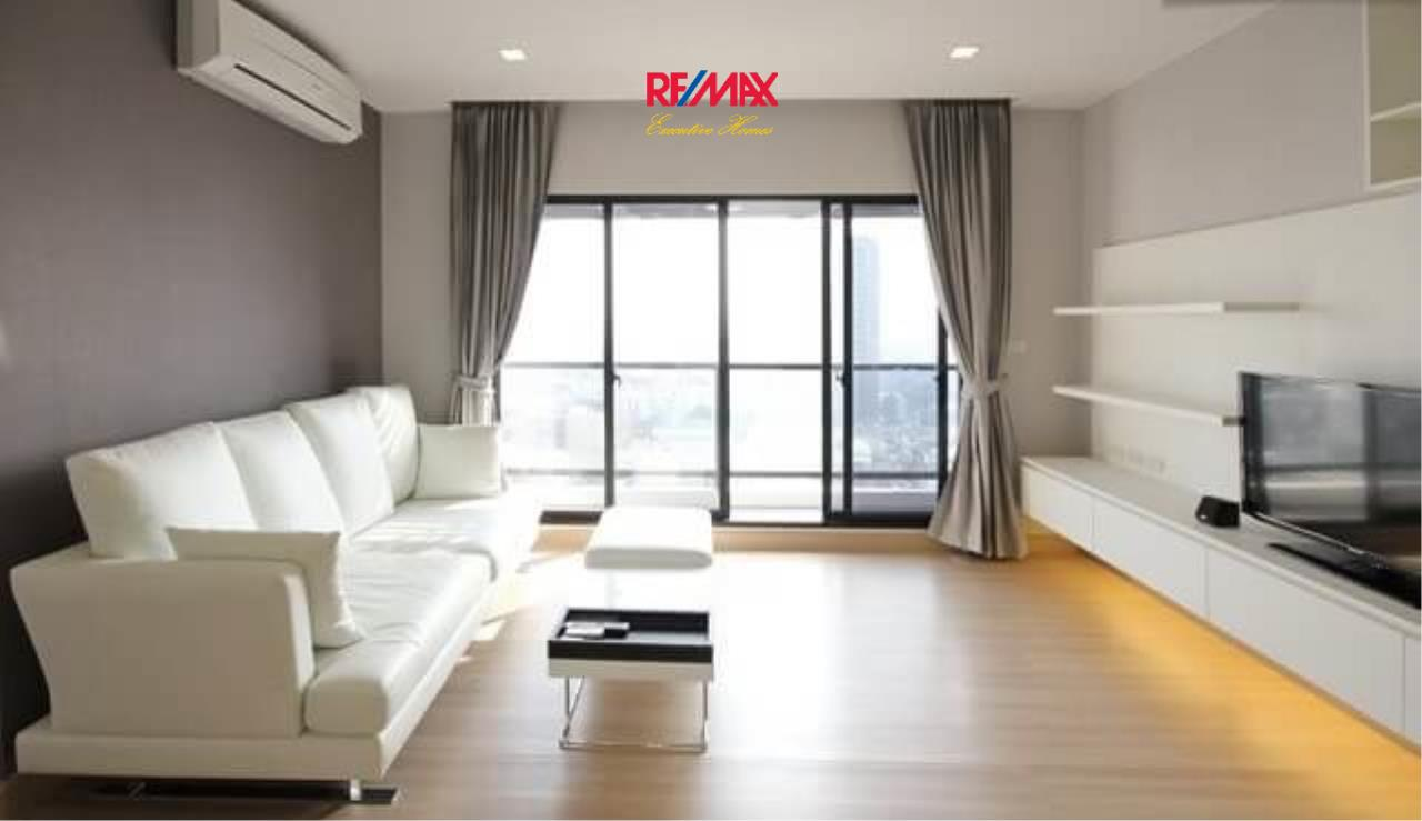 RE/MAX Executive Homes Agency's Stunning 2 Bedroom for Rent Urbano Absolute Sathorn-Taksin 3