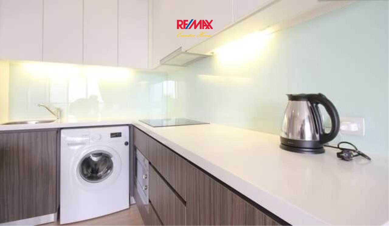 RE/MAX Executive Homes Agency's Stunning 2 Bedroom for Rent Urbano Absolute Sathorn-Taksin 4