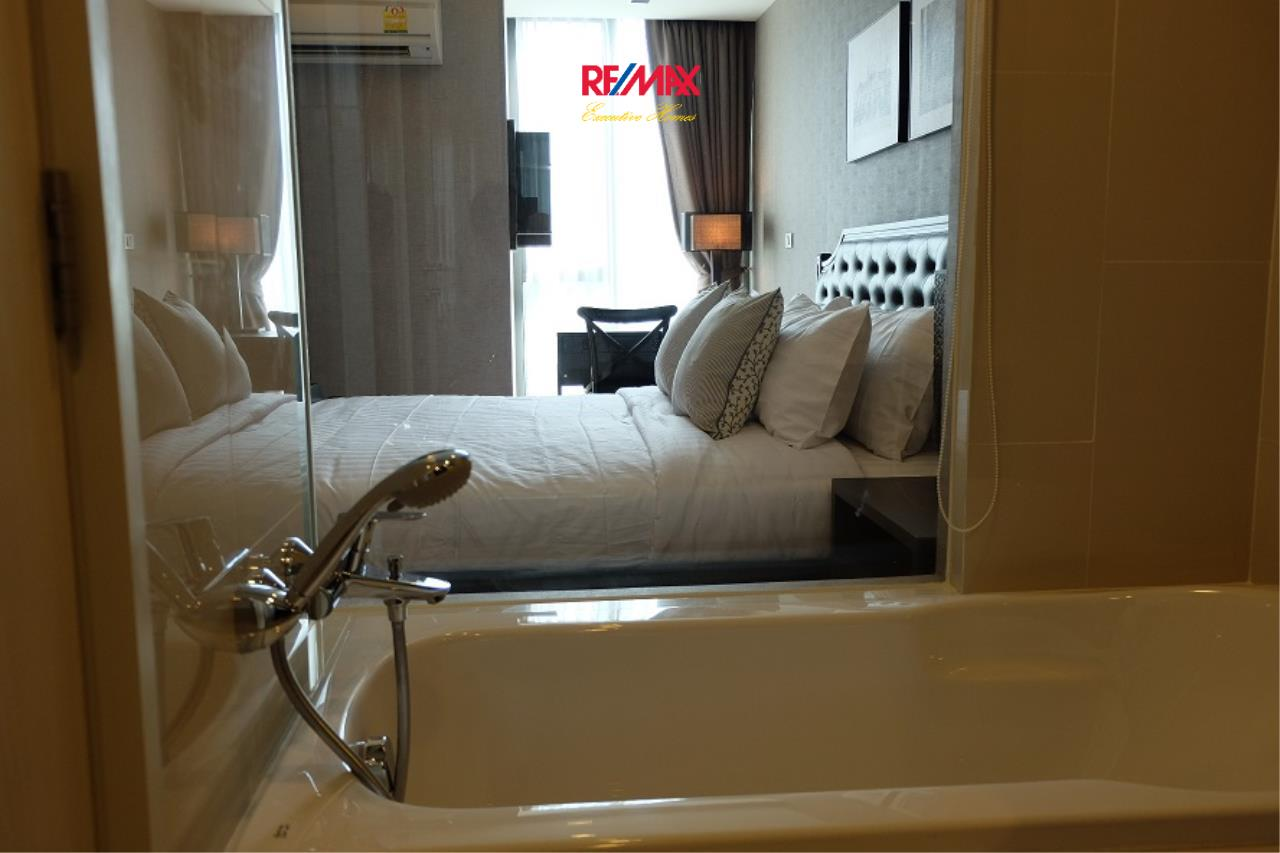 RE/MAX Executive Homes Agency's Stunning 1 Bedroom for Rent Via 49  4